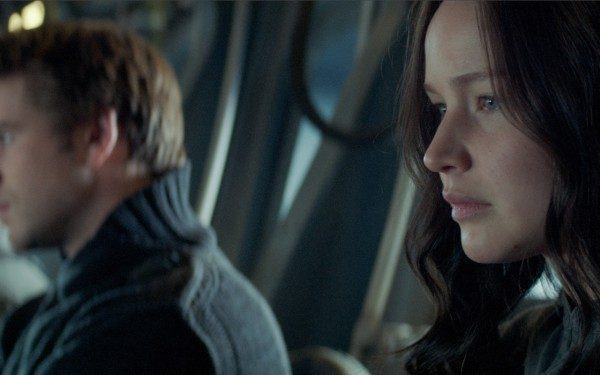 the-hunger-games-mockingjay-jennifer-lawrence-600x375