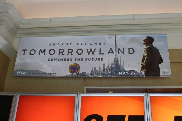 cinemacon-2015-poster-pictures-12-600x401