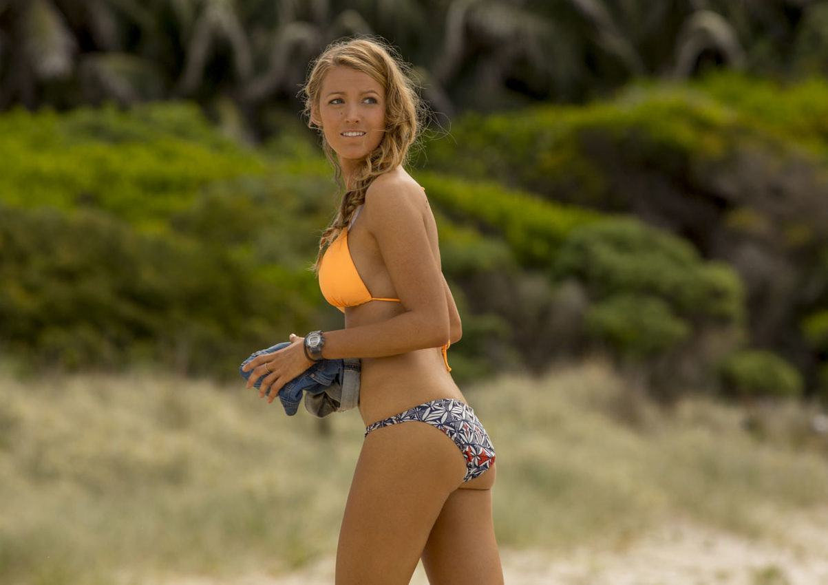 Nancy (Blake Lively) in Columbia Pictures'  THE SHALLOWS.