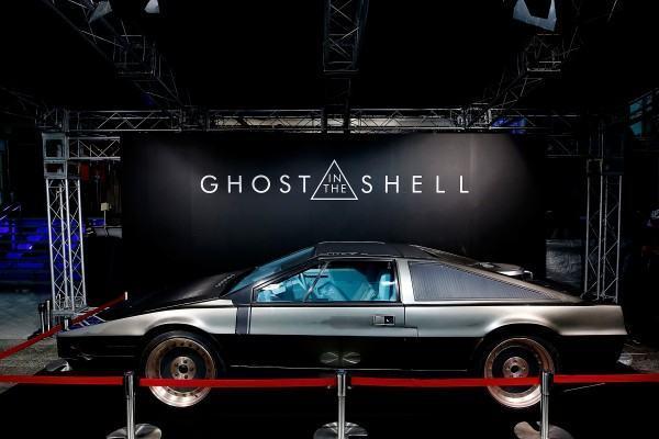 20161114-ghost-in-the-shell-batou-car-600x400-copia