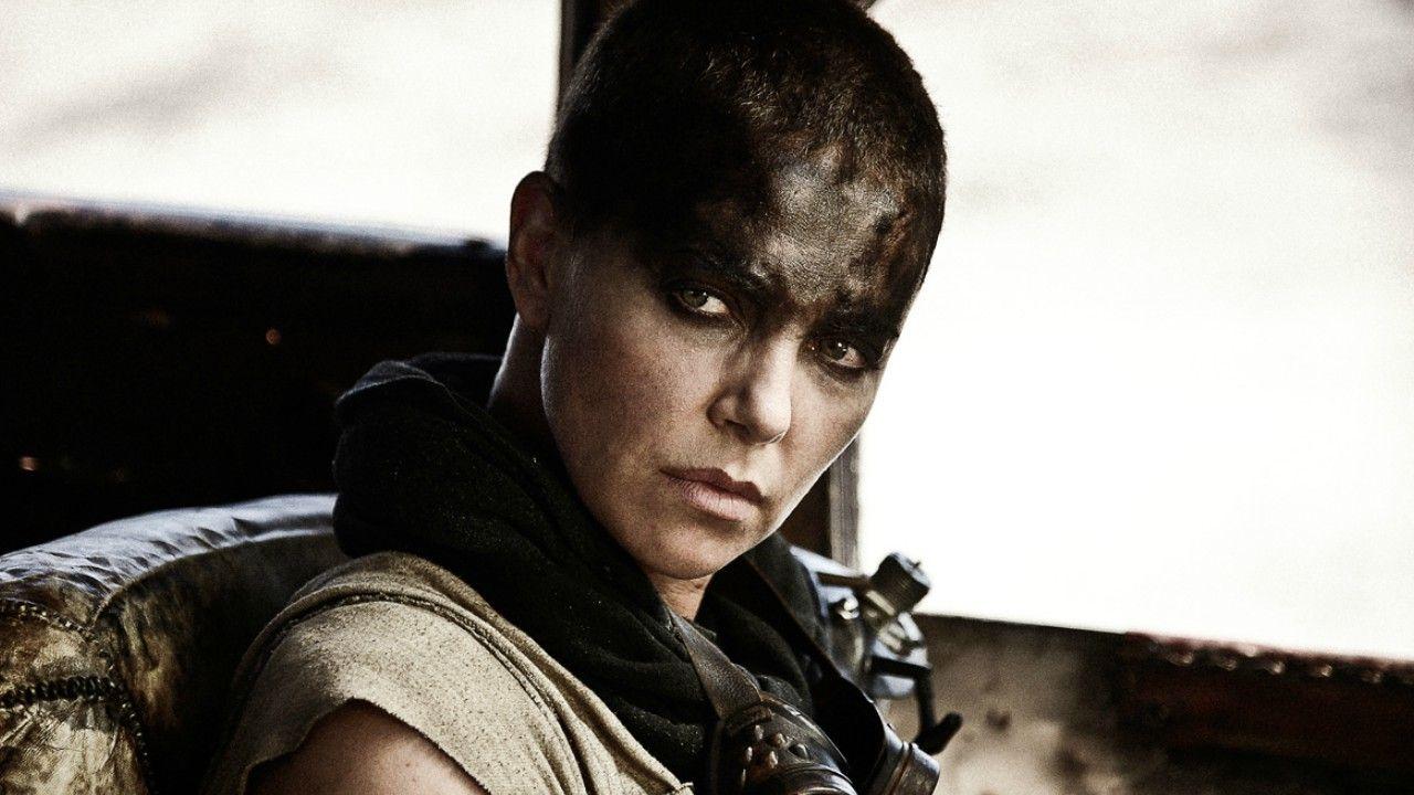 Charlize Theron diz que gostaria de retornar para mais um filme da franquia Mad Max