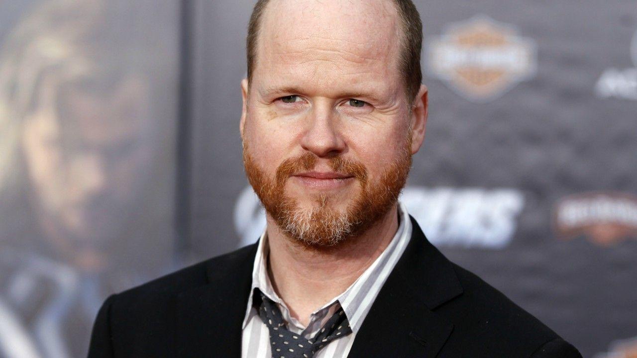 Liga da Justiça | Joss Whedon é oficialmente creditado como co-roteirista do filme