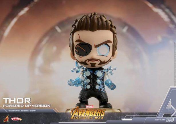 Guerra Infinita sugerem participação da Capitã Marvel no filme — Diretores de Vingadores