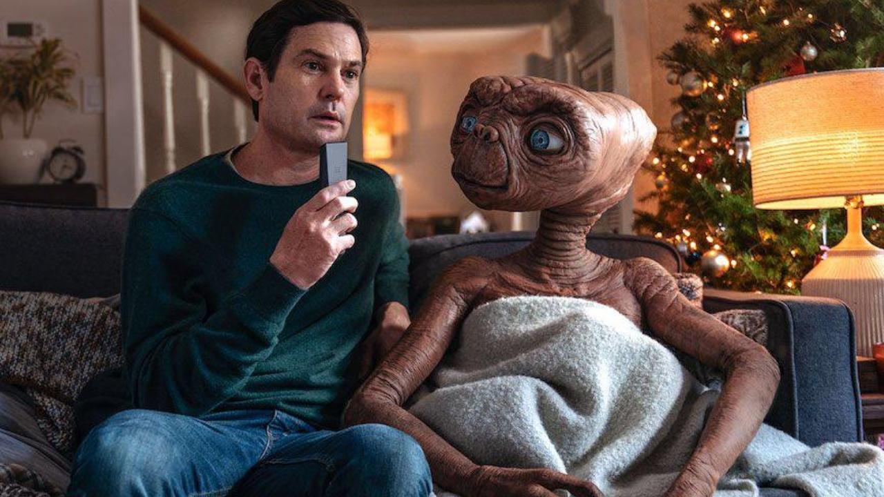 E.T. e Elliot se reencontram em comercial de Natal